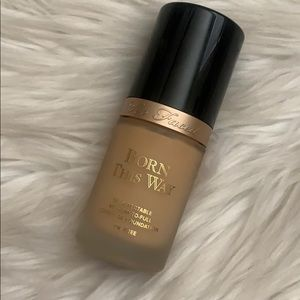 Ivory - Too Faced Born This Way Foundation